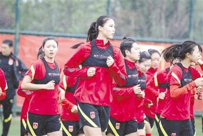 中国女足队员不惧韩国