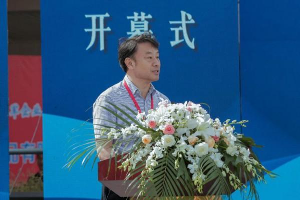 原国家质检总局执法督查司司长、中国消费品质量安全促进会副理事长严冯敏致辞